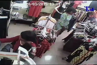 CCTV exposes 3 Female Shoplifters in a Store at Allen Avenue,Ikeja Lagos