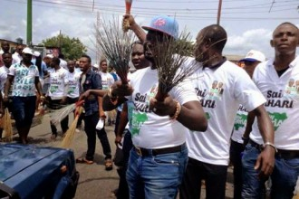 Ayiri Emami Warri Billionaire,campaigning for APC
