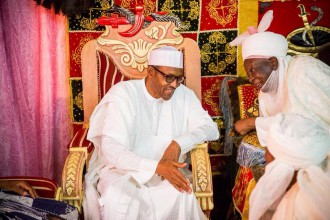 [PHOTO NEWS] President Buhari visits Emir of Daura,Kastina