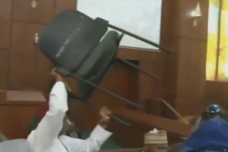 [BREAKING] FREE FOR ALL FIGHT By APC House of Representatives Members (VIDEO)