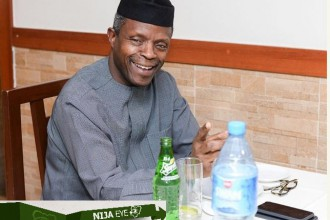 [PHOTO NEWS] Vice President Osinbajo spotted at an Eatery