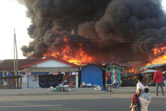 [BREAKING] Sabon Gari market in Kano on fire in Revenge of Ontisha attack