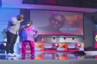 [VIDEO] Aftermath of #HEADIES2015 Mavin Records versus YBNL Nation