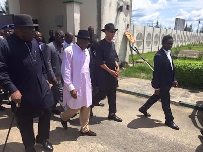 [PHOTO NEWS] Former President Jonathan,Ben Murray-Bruce at the funeral ceremony of Alamiyeseigha