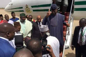 [BREAKING] Kano residents embarrasses Vice President Osinbajo as he visits Sabon-Gari market