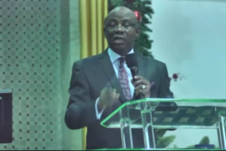 [VIDEO] Pastor Tunde #Bakare attacks #Buhari