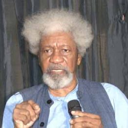 "[VIDEO] ""Buhari is Under a Trance"" - Prof Wole Soyinka."