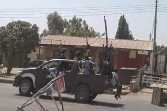 Boko Haram advancing into DadinKwowa,Gombe state caught on Camera