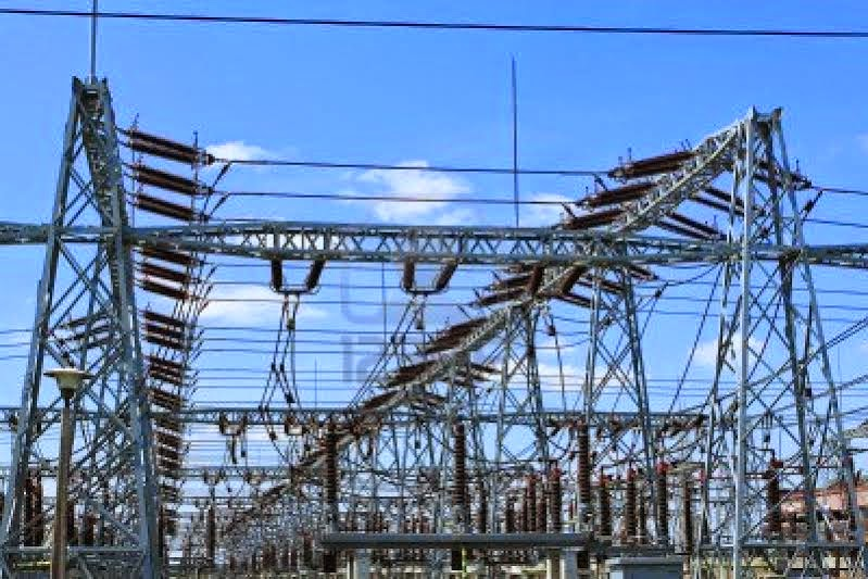 Federal Government reduces electricity tariff by over 50%