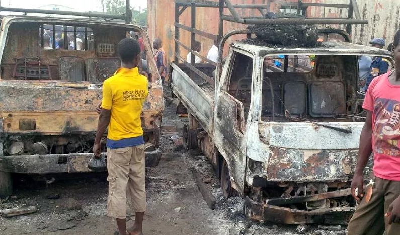 3 dead as fire guts section of Mile 12 (Ketu) market in Lagos