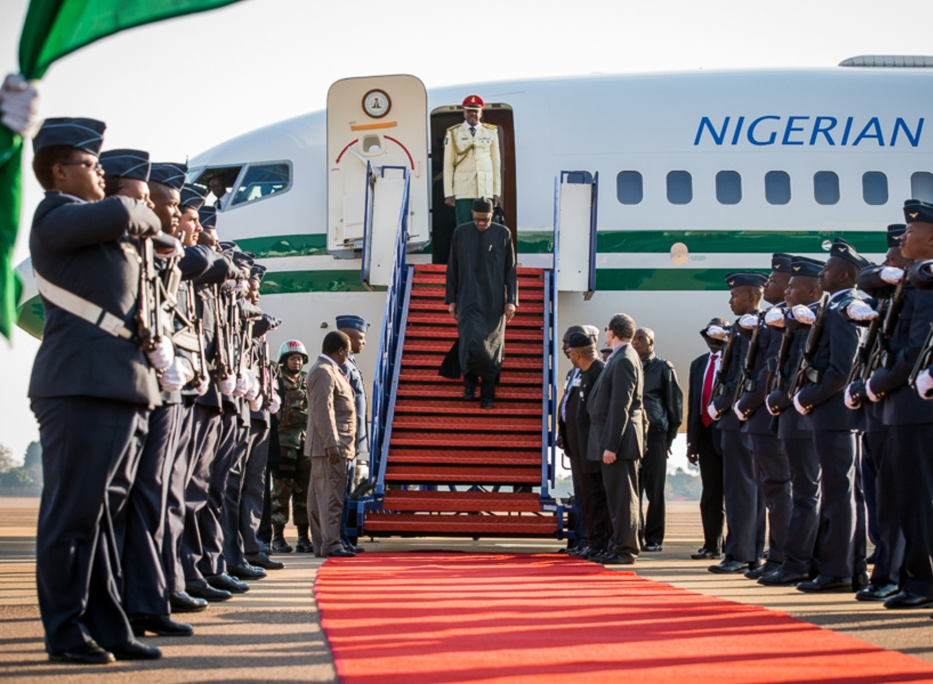 [PHOTO NEWS] President Buhari arrives South Africa for AU summit