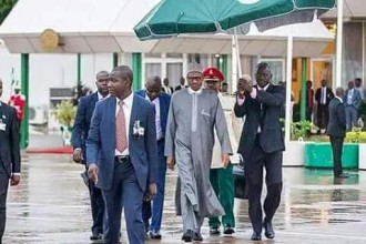 [PHOTO NEWS] Buhari departs to the United States with his delegation