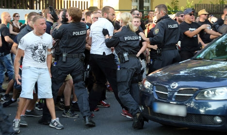 [GERMANY] Three injured in Dresden anti-immigrant demonstration