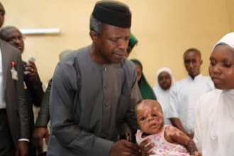 [PHOTO NEWS] Osinbajo Pays Surprise Visit To Maiduguri, Meets IDPs