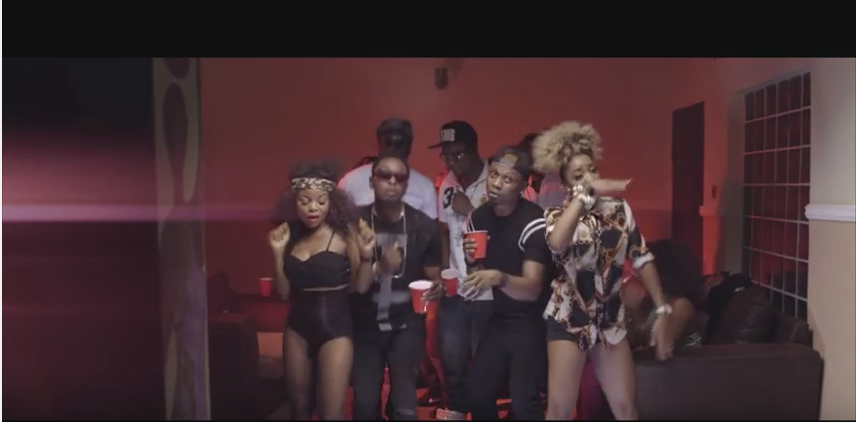 [MUSIC VIDEO] Lardy'D ft. Reminisce – Packaging