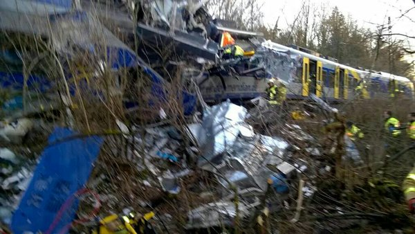 [BREAKING]Train crash near Munich,Germany leaves several dead-#BadAibling