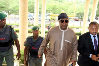 [PHOTO NEWS] Former CDS Alex Badeh remanded in Kuje prison
