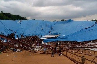 [VIDEO] Over 150 feared dead in Uyo,Nigeria as church collapses