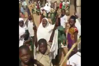 "[VIDEO] School Children in Kaduna State demonstrate against the Bad Leadership of El Rufai Chanting ""Bamaso Bamaso"""