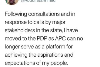 Kwara State Governor Ahmed Dumbs APC for PDP