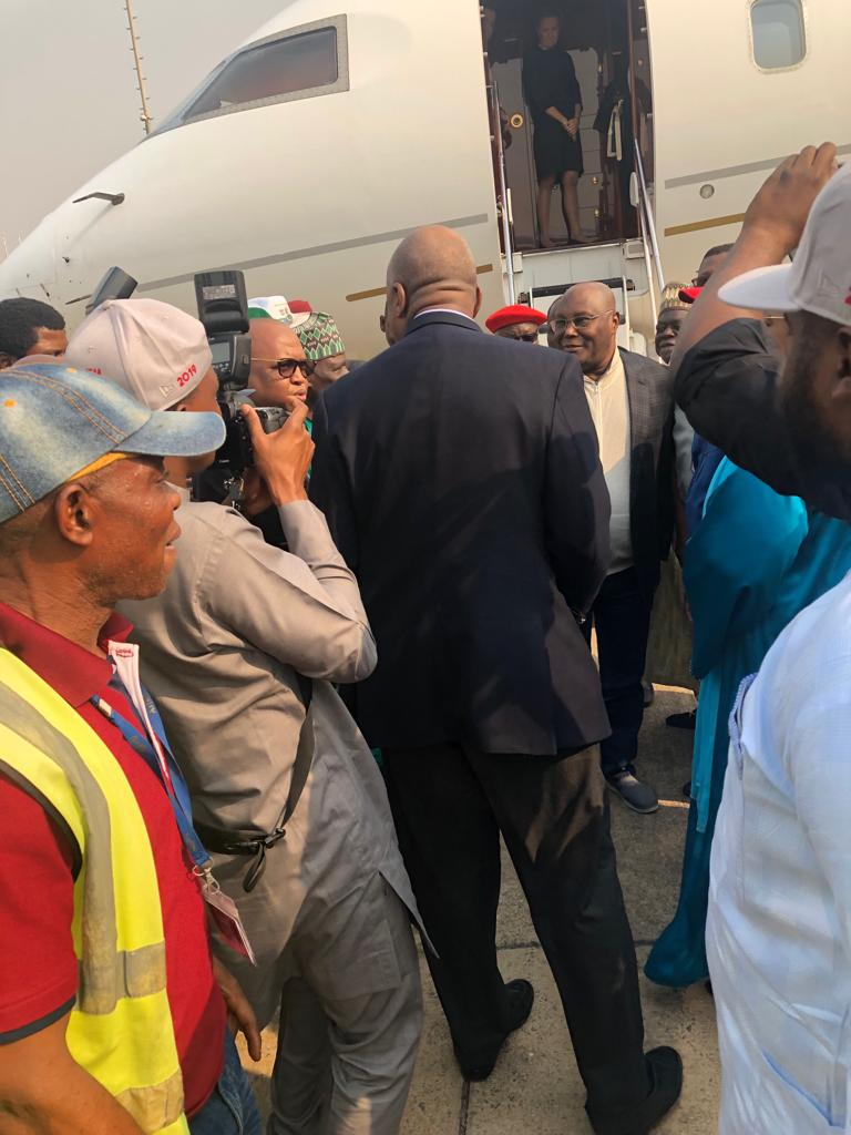 #Atiku returns to #Nigeria after US Trip [PHOTOS]