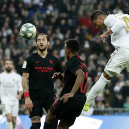 [#LaLiga] Real #Madrid go top after #Sevilla win