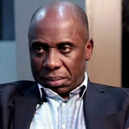 "APC CRISIS -I'm doing ""siddon look'' - Rotimi #Amaechi mocks opposing forces in #APC"
