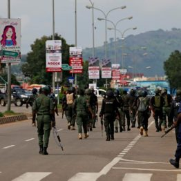 [BREAKING] #Buhari sends #Soldiers to take over streets of #Abuja to intimidate #ENDSARS protestors