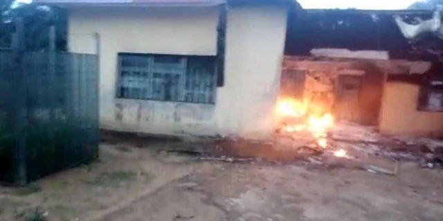 [BREAKING] #Unknown Gunmen set #INEC office in Akwa Ibom ablaze (PHOTOS)